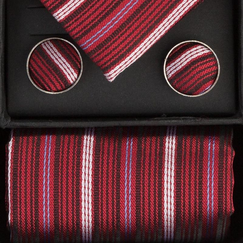 Set butoni, cravata si batista visiniu