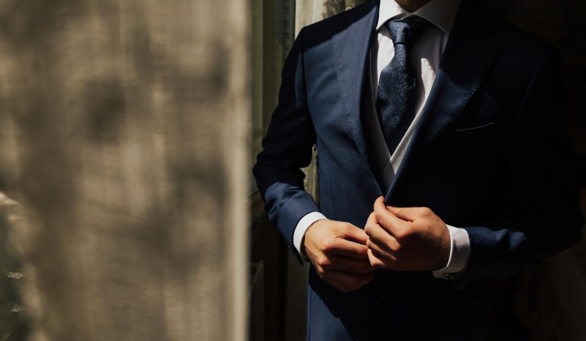 Articole vestimentare pe care femeile le găsesc irezistibile la bărbați